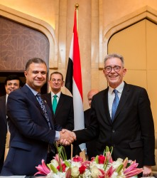 Liam Brown Group President Marriott International EMEA, Colonel Waleed Samy Salama, CEO.jpg